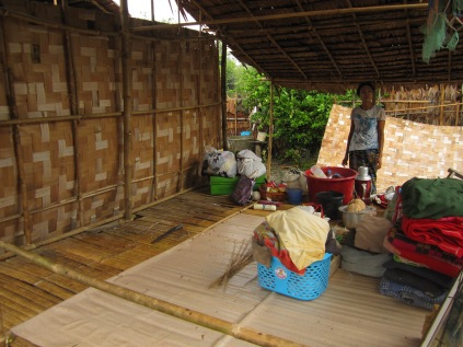 Houses - Daw Wain, Ktb, 075